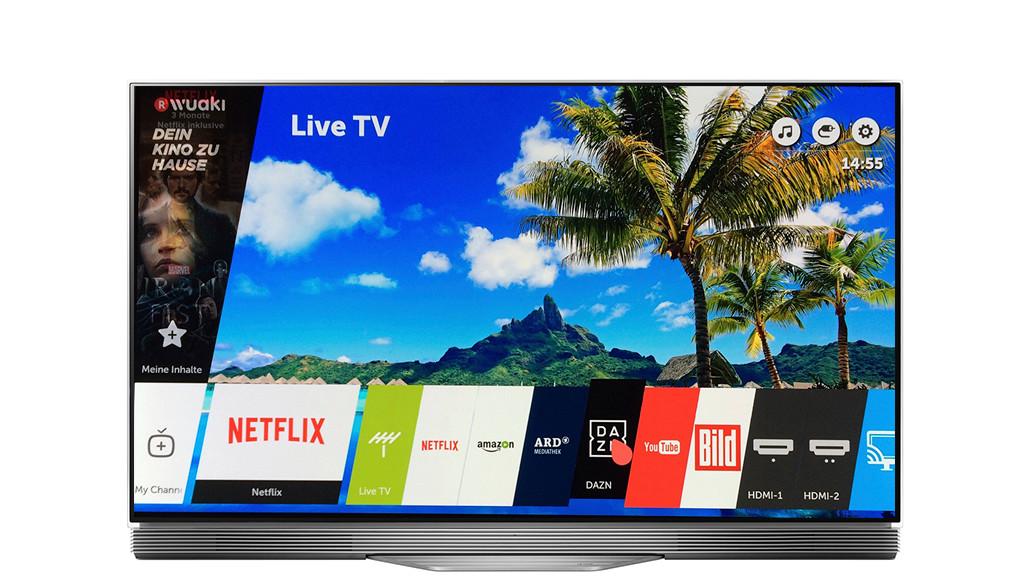Der LG OLED 55E7 setzt sich an die Spitze Der LG OLED 55E7 überzeugte im Test nicht nur mit seiner überragenden Bildqualität, sondern auch mit komfortablen Extras. ©LG Electronics, COMPUTER BILD