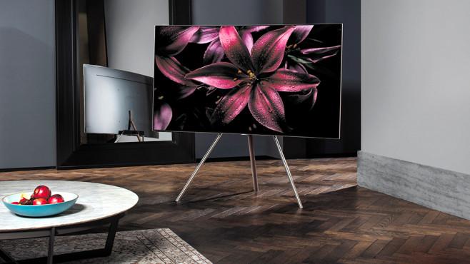 Samsung QLED Studio Stand ©Samsung