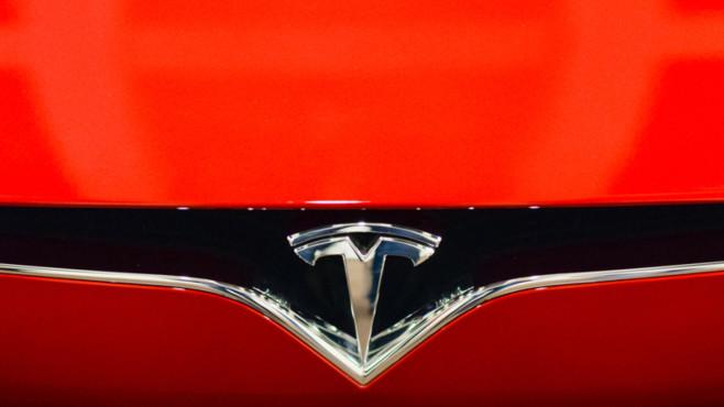 Medien: Tesla baut in China Fabrik