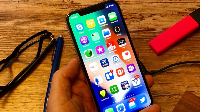 iPhone X: Farbstarkes Display © COMPUTER BILD