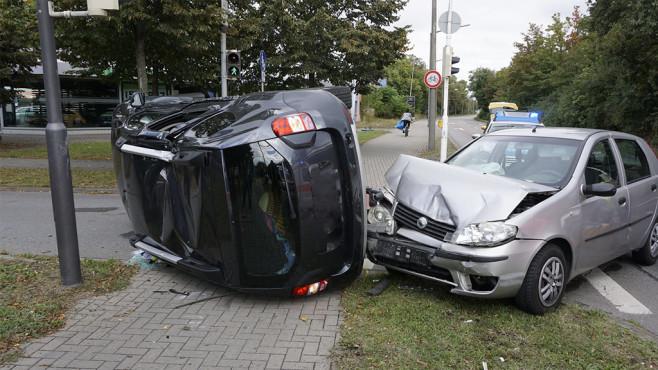 Autounfall ©pb press – Fotolia.com
