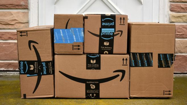 Amazon Pakete ©©istock/Julie Clopper