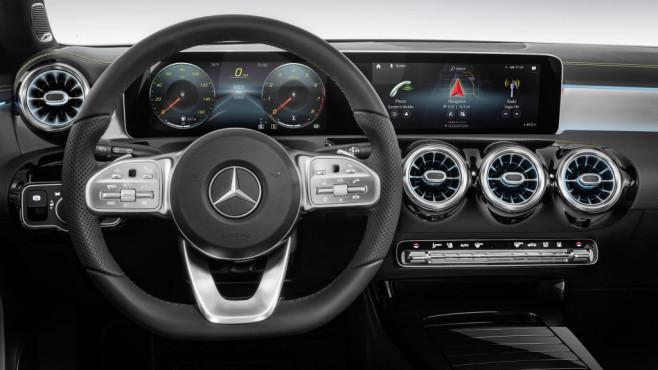 CES 2018: Mercedes Benz stellt MBUX vor ©Mercedes Benz