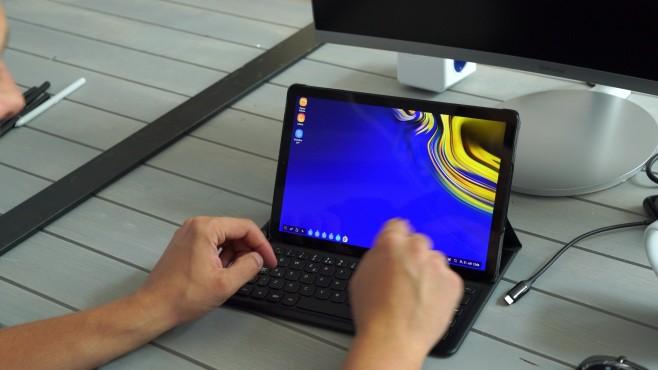 Samsung Galaxy Tab S4: Test, Infos, News, Release, Kaufen Die DEX-Oberfläche verwandelt das S4 in einen echten Laptop-Ersatz.©COMPUTER BILD