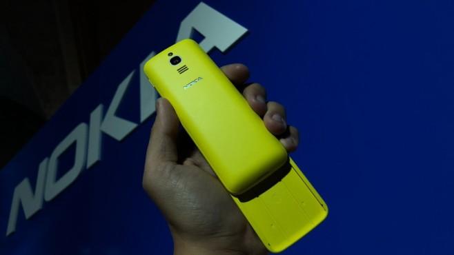 Nokia 8110 4G mit Schiebemechanismus ©COMPUTER BILD