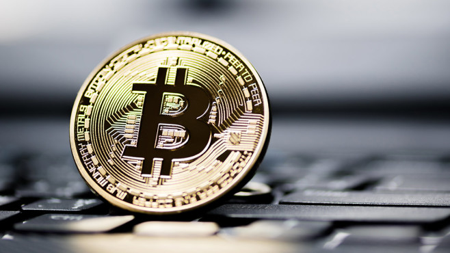 Bitcoin ©iStock.com/pinglabel