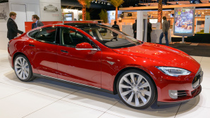 Tesla Model S ©iStock.com/Sjo