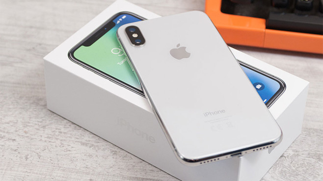 Apple iPhone X © COMPUTER BILD