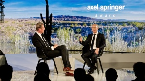 Amazon-CEO Jeff Bezos und Dr. Mathias Döpfner, Axel Springer SE © Axel Springer SE