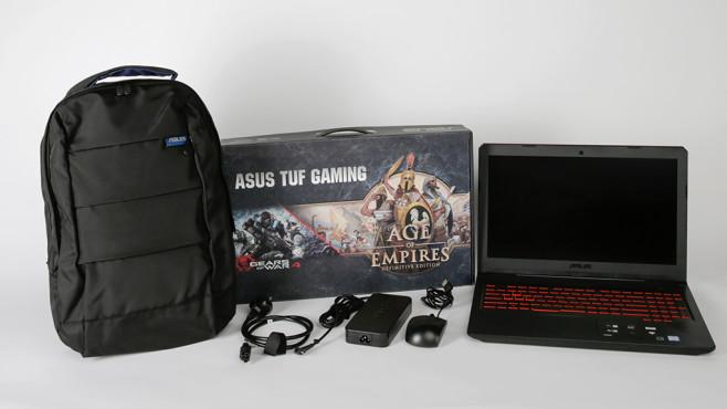 Asus TUF Gaming FX504 – Unboxing ©COMPUTER BILD