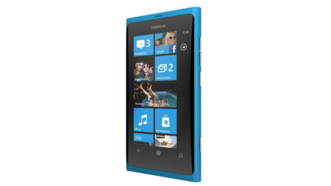Nokia Lumia 800 ©Microsoft
