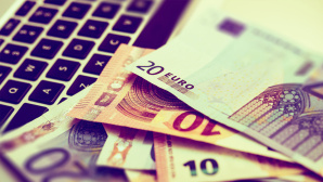 Schnelles Internet günstig buchen ©Tomasz Zajda – Fotolia.com