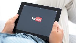 YouTube auf dem Tablet ©iStock.com/Prykhodov