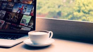 Netflix auf dem Laptop©istock/wutwhanfoto