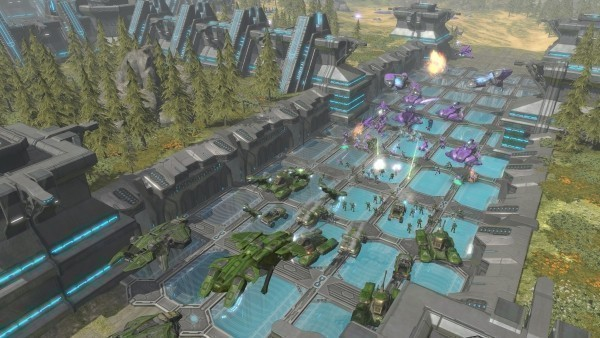 Strategiespiel Halo Wars: Wald © Microsoft