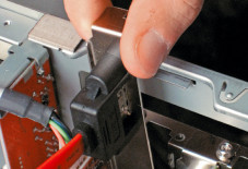Hardware: eSATA-Anschluss am PC nachrüsten