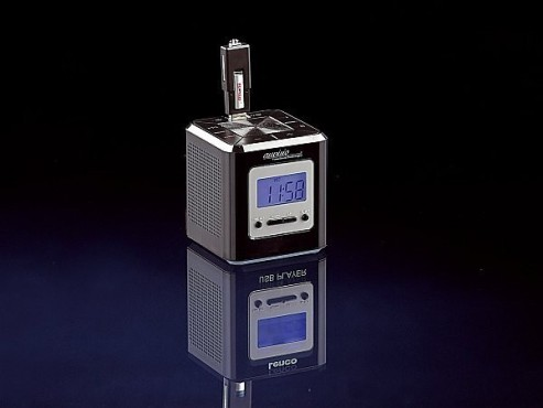 USB-MP3-Wecker Black Magic Cube von Pearl für 19,90 Euro