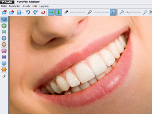 Lächelnder Mund, volle Lippen ©© Solovieva Ekaterina - Fotolia.com