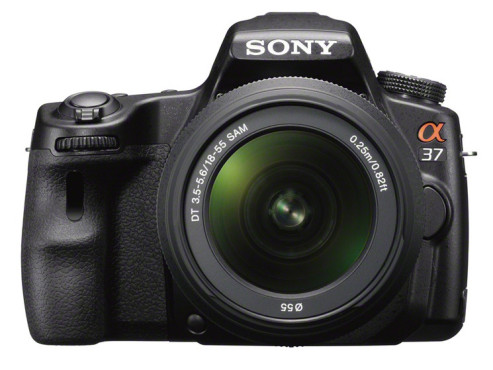 Sony Alpha 37 Kit 18-55 mm (SLT-A37K) © Sony