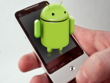 Android-Handy&nbsp;&copy;&nbsp;DesignReviver.com/COMPUTER BILD