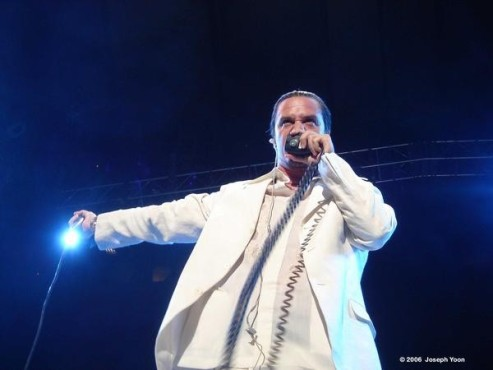 Mike Patton © Joseph Yoon / myspace.com/mikepattonofficial