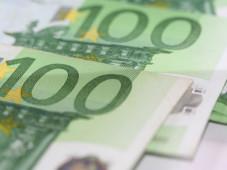 100-Euro-Scheine ©aboutpixel.de / noten � R. Brack
