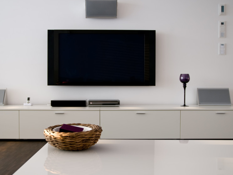 wand tv kabel verstecken garten ideen kinder. Black Bedroom Furniture Sets. Home Design Ideas