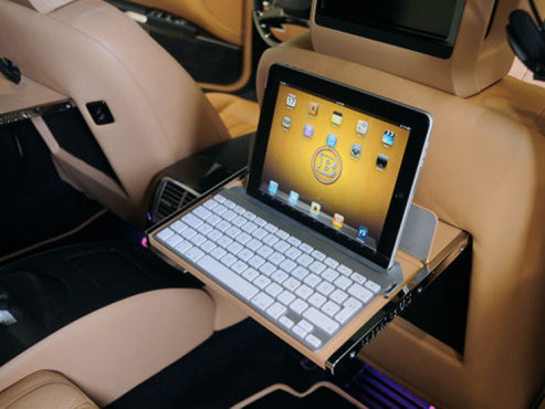 iPad-Integration: Mercedes SV12R iBusiness © AUTO BILD