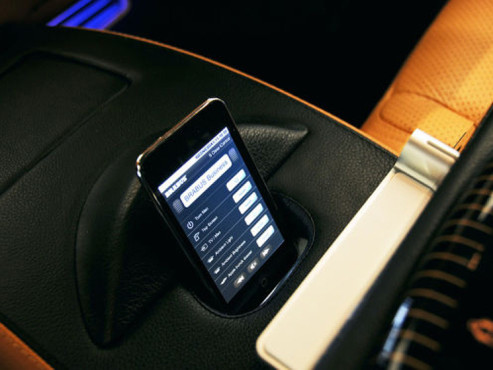 iPod touch: Mercedes SV12R iBusiness © AUTO BILD