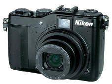 Im Test: Nikon Coolpix P7000 © Computerbild