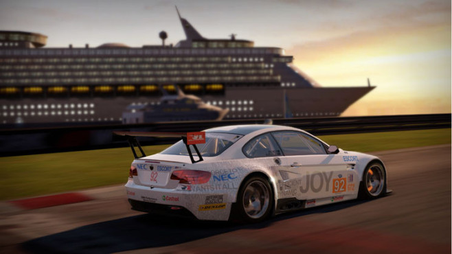 Rennspiel Need for Speed – Shift 2 Unleashed: Sonnenuntergang © Electronic Arts