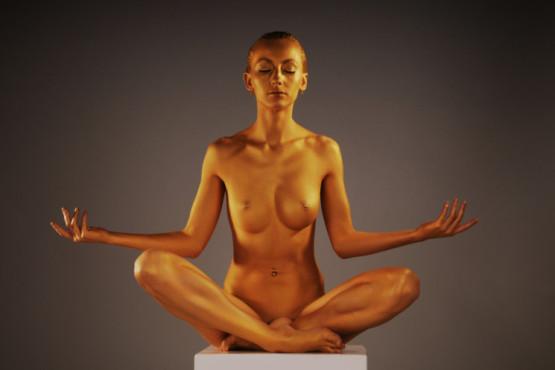 Bild: golden buddha – von: visible ©Bild: golden buddha – von: visible