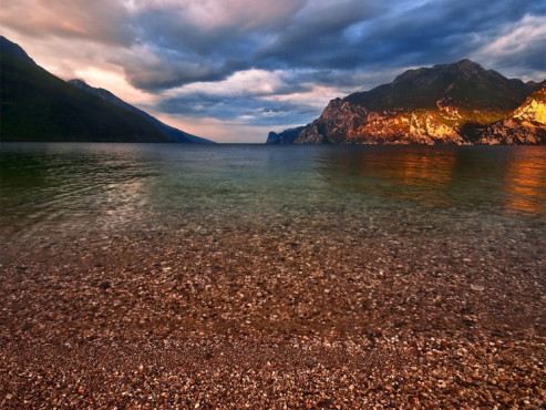 Stiller Morgen am Gardasee - von: PictureJo © Stiller Morgen am Gardasee - von: PictureJo