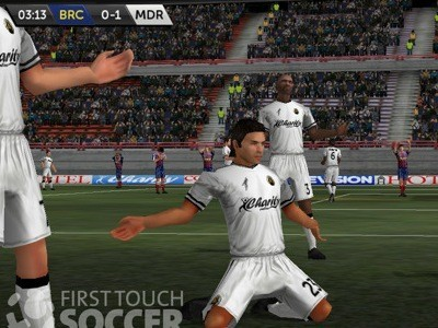 First Touch Soccer Screen © X2 Games