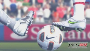 Sportspiel Pro Evolution Soccer 2012: Ball © Konami