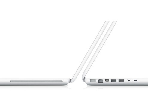 "MacBook 13"" © Apple"