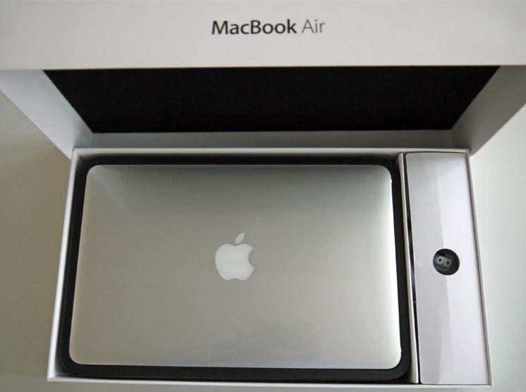 apple macbook air 2011 mit sandy bridge thunderbolt. Black Bedroom Furniture Sets. Home Design Ideas