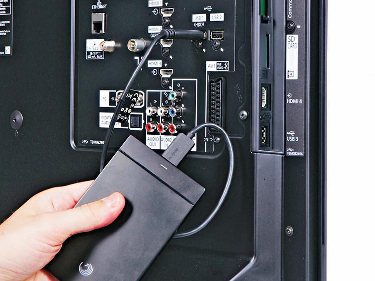 test flachbildfernseher panasonic tx l37ew30 audio video foto bild. Black Bedroom Furniture Sets. Home Design Ideas