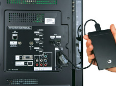USB-Anschluss Panasonic TX-L32EW30 ©COMPUTER BILD
