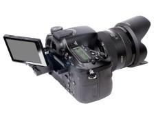 Klappbares Display Sony SLT-A77V ©COMPUTER BILD