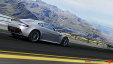 Rennspiel Forza Motorsport 4: Aston Martin V12 Vantage ©Microsoft