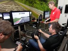 Total abgefahren: Plötzlich ist Gran Turismo 5 Wirklichkeit! Playstation mit Gran Turismo 5 im Ringwerk. ©AUTO BILD/Sven Krieger