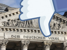 Bundestag verhandelt über Online-Netzwerke ©COMPUTER BILD