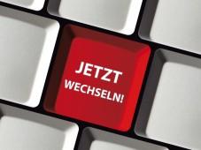 Jetzt DSL-Anbieter wechseln und 30 Euro Bonus sichern Mit dem richtigen Datentarif machen Tablet-PCs auch unterwegs richtig Spa�. ©Cirquedesprit � Fotolia.com