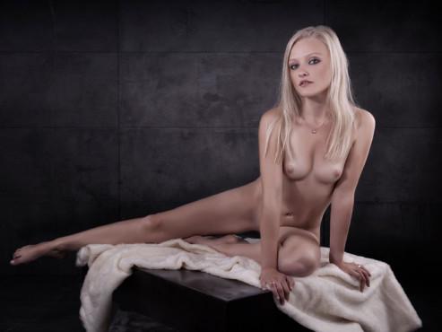 Nude – von: zeitstein ©zeitstein
