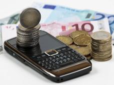 Flatrates k�nnen ins Geld gehen... ©� macgyverhh - Fotolia.com