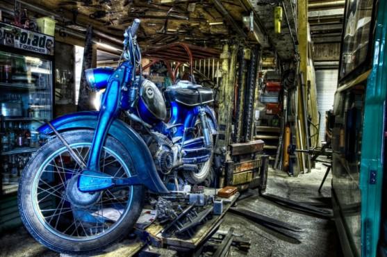 Das blaue Moped – von: Gebi66 ©Gebi66