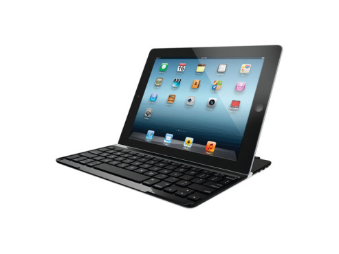 iPad-Display-Schutz mit Bluetooth-Tastatur © Amazon, Logitech