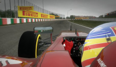 F1 2012: Helm © Codemsters