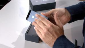 Ausgepackt: Apples iPhone 5 ©COMPUTER BILD
